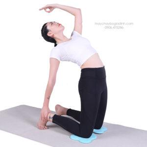 mieng-lot-mem-yoga